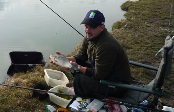luci_concurs_pescuit_feeder