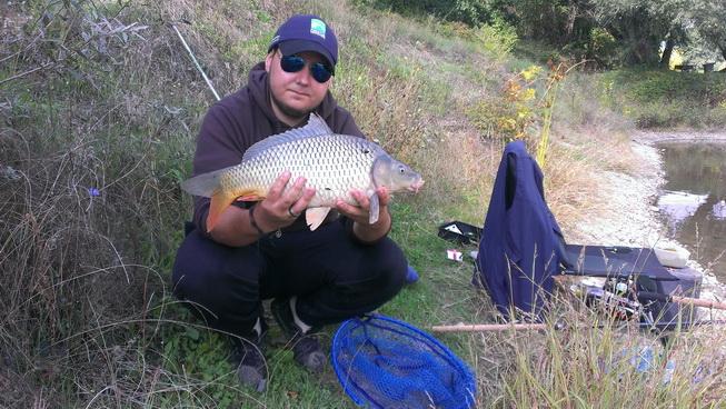 pescuit la feeder crap pe lac