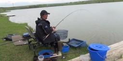 lac-necunoscut-crap-caras-pescuit-la-feeder