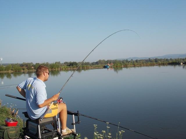 pescuit la feeder crap balta amenajata