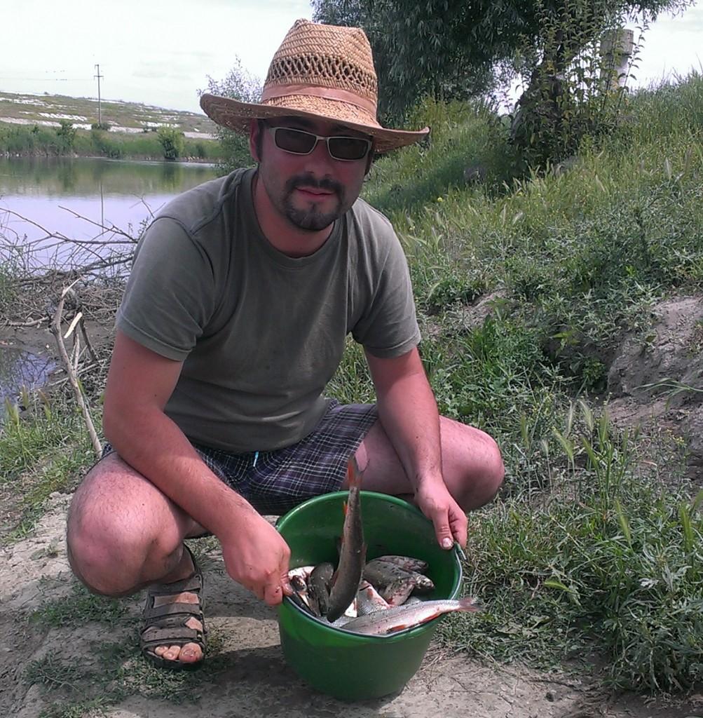 pescuit feeder mures scobari